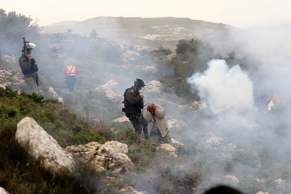 ISRAEL ATTACKS PROTEST AGAINST NEW ILLEGAL COLONY OUTPOST ON THE OCCUPIED WEST BANK